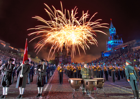 Собянин открыл фестиваль «Спасская башня»